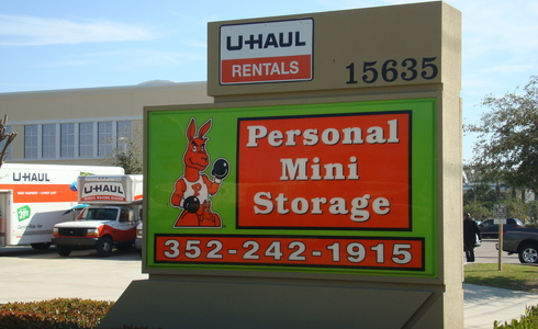Personal Mini Storage facility sign
