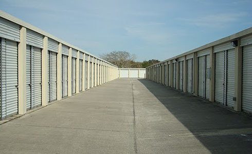 Various drive-up storage unit sizes