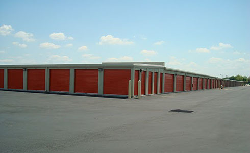 Outside drive-up storage spaces at 350 Commerce Center Dr