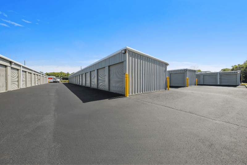 Ground level drive-up storage units
